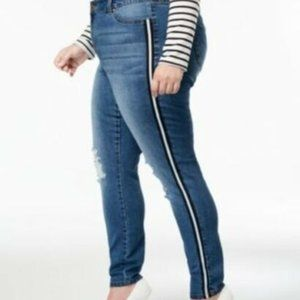 Celebrity Pink Mid Rise Skinny Jeans Distressed
